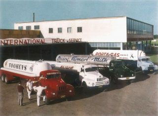 Tooheys Imagery A Tooheys delivery truck alongside other brands circa 1975