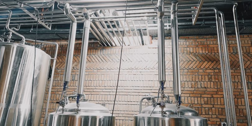 Bespoke-Brewing-Solutions-glycol-chillers-and-piping-810x405